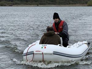 Das Motorboot Schnecke bei einer Testfahrt